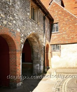 Kings Gate, Winchester