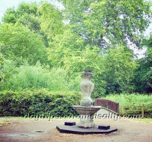 Victorian Memorials In Wandle Park
