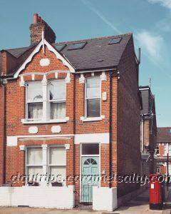 107 Thorpebank Road