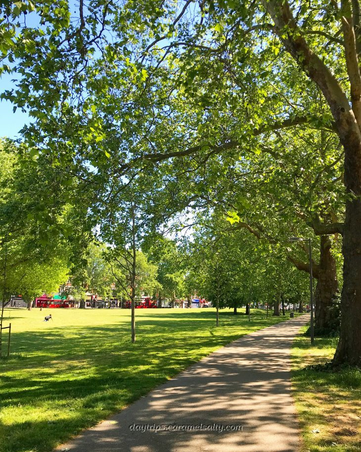 Paths and Green on Shepherds Bush Green