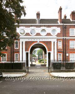 The Grand Arch into the Peabody Trust Estate
